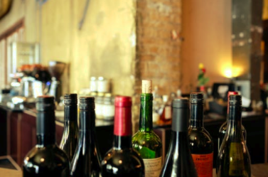 CAN THE LOCAL WINE SHOP SURVIVE IN THE AGE OF AMAZON