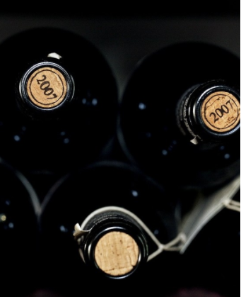 According to survey Chinese wine lovers snub screwcap for now
